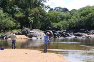 Suriname (11)